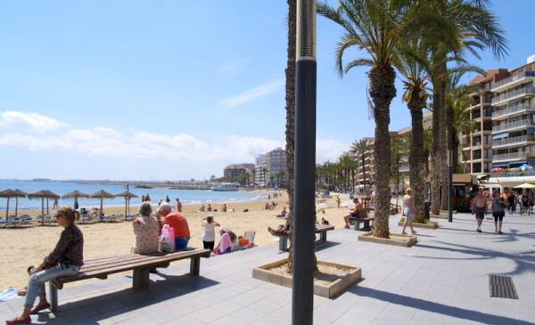 Appartement - A Vendre - Torrevieja - Puerto